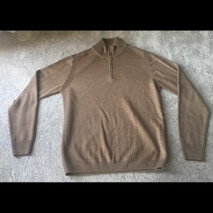 Brown sweater facconable size medium